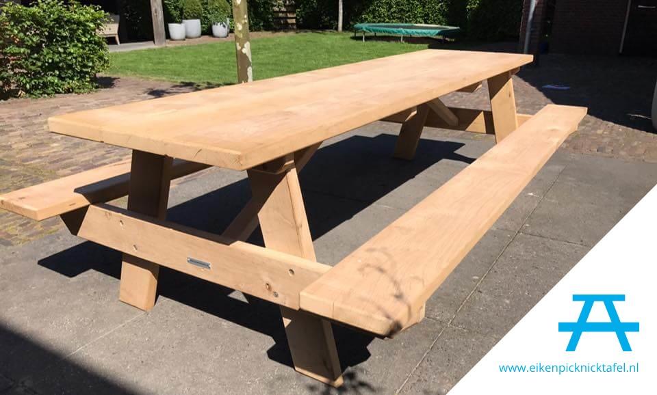 Picknick Tafel Stevig.Eiken Picknicktafel Voor 12 Personen