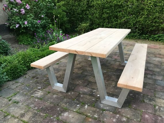 Eiken tafelblad met aluminium frame